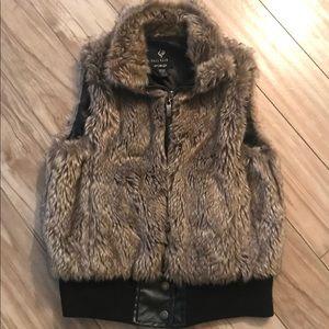 🐳Full Tilt Faux Fur Vest